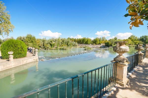 красивой озеро королевский дворец саду воды Сток-фото © HERRAEZ
