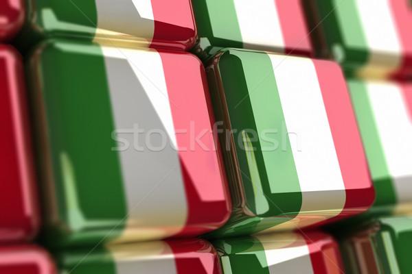 Włoski duży italian flag polu Zdjęcia stock © HerrBullermann