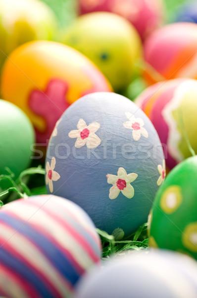Durva húsvéti tojás derűs gyülekezet húsvéti tojások festett Stock fotó © HerrBullermann