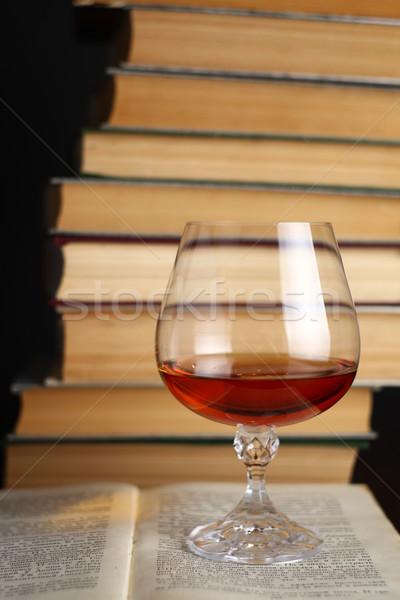 Vidrio brandy libros pie abierto beber Foto stock © hiddenhallow