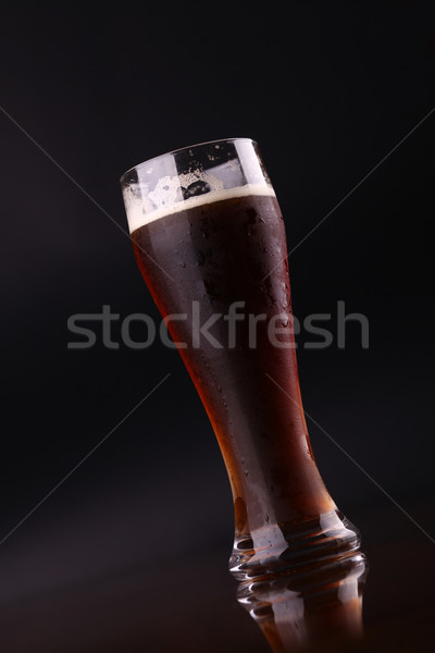 Vidrio cerveza oscuro Foto stock © hiddenhallow