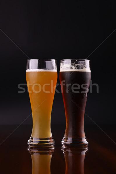 Vidrio cerveza dos gafas oscuro beber Foto stock © hiddenhallow