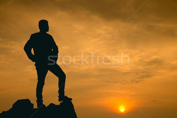Empresário ver visão alto montanha negócio Foto stock © hin255