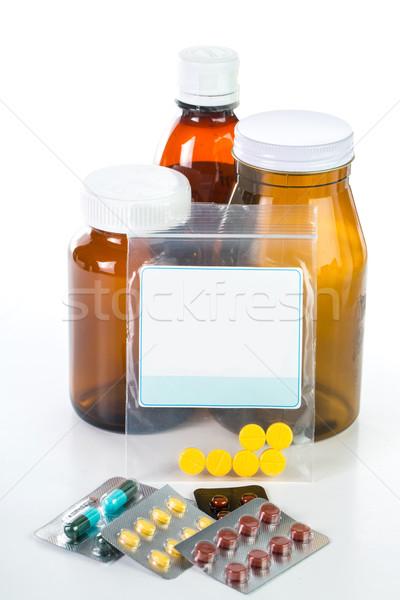 Tabletták drog konténer izolált fehér háttér Stock fotó © hin255