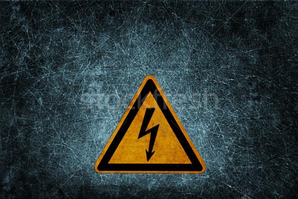 Alta tensão sinal de perigo sujo grunge parede construção Foto stock © hitdelight