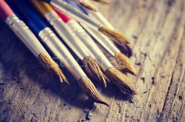 Сток-фото: краской · деревенский · деревянный · стол · бумаги · текстуры · школы