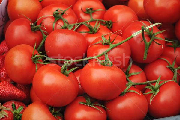 Tomates frescos verde mercado primavera frutas Foto stock © hitdelight