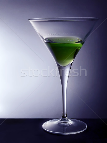 Martini glas cocktail glas groene water Stockfoto © hitdelight
