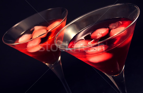 Cocktails deux martini verres eau Photo stock © hitdelight