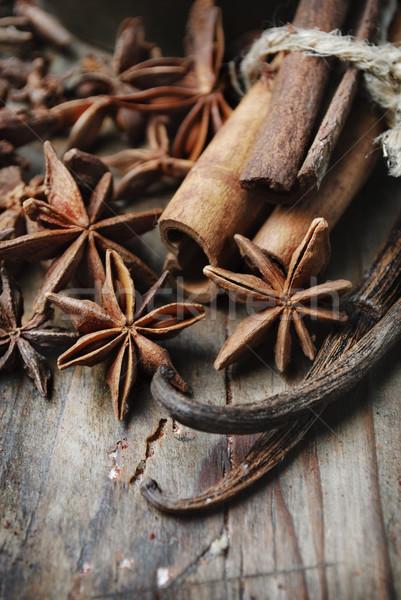 Specerijen anijs zaad kaneel vanille grunge Stockfoto © hitdelight