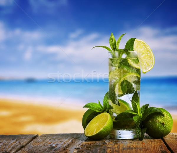 Mojito koktajl plaży owoców szkła lata Zdjęcia stock © hitdelight