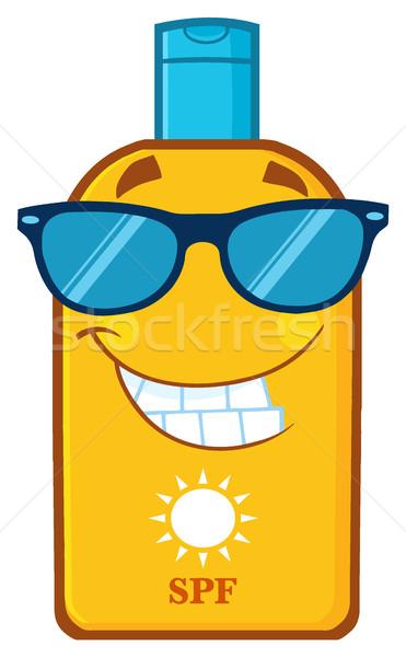 Sonriendo botella protector solar mascota de la historieta carácter gafas de sol Foto stock © hittoon
