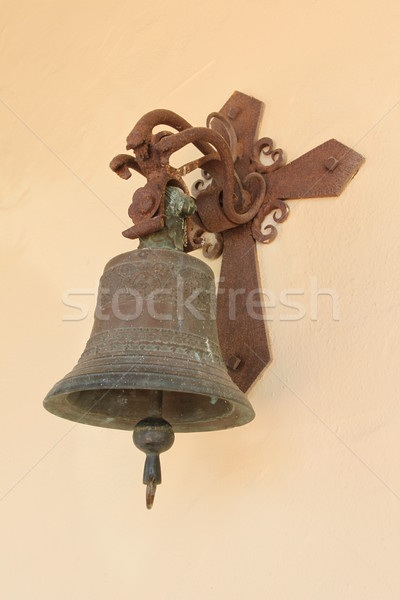 Edad campana pared iglesia cruz metal Foto stock © hlehnerer