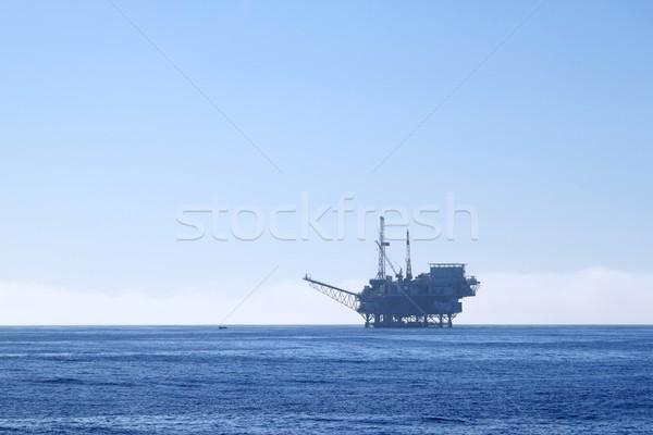 Platforma wiertnicza oleju wiercenie chmury Zdjęcia stock © hlehnerer