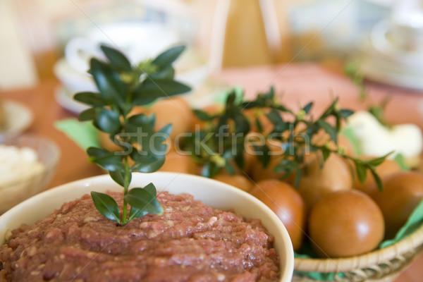 Paskalya kahvaltı biftek et yumurta soğan Stok fotoğraf © Hochwander