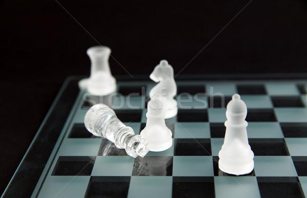 Cam satranç mat ölü kral arka plan Stok fotoğraf © Hochwander