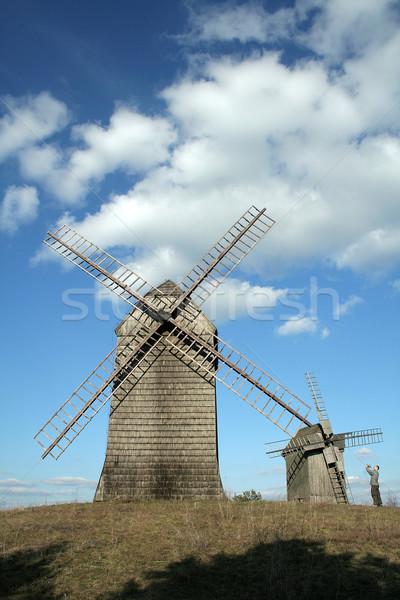 Pequeño hombre nubes paisaje viento historia Foto stock © Hochwander