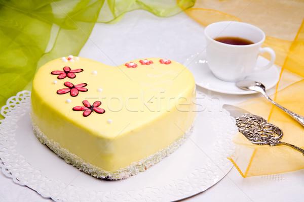любви торт Sweet цветы формы сердца шоколадом Сток-фото © Hochwander