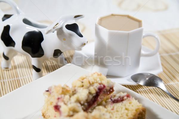 Tatlı zaman kahve kek erik krem Stok fotoğraf © Hochwander