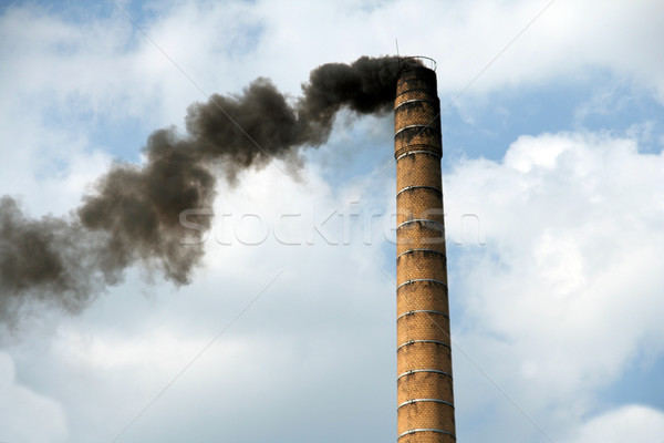 Komin niebo zanieczyszczenia Płytka brudne ciężki Zdjęcia stock © Hochwander