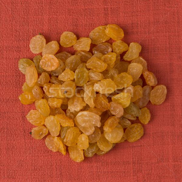 Círculo dourado passas de uva topo ver vermelho Foto stock © homydesign