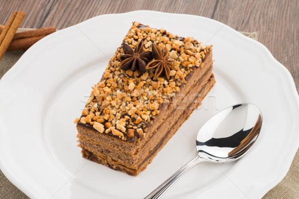 Bolo de chocolate branco prato mesa de madeira bolo natal Foto stock © homydesign