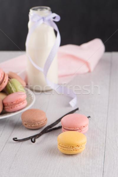Classico macarons lampone caffè cioccolato crema Foto d'archivio © homydesign