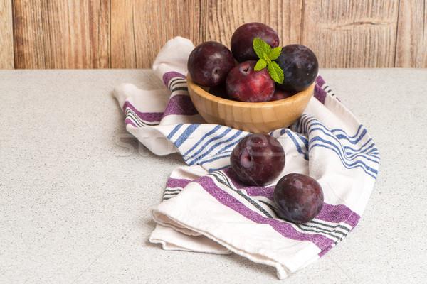 Finom piros szilva fából készült tál konyha Stock fotó © homydesign