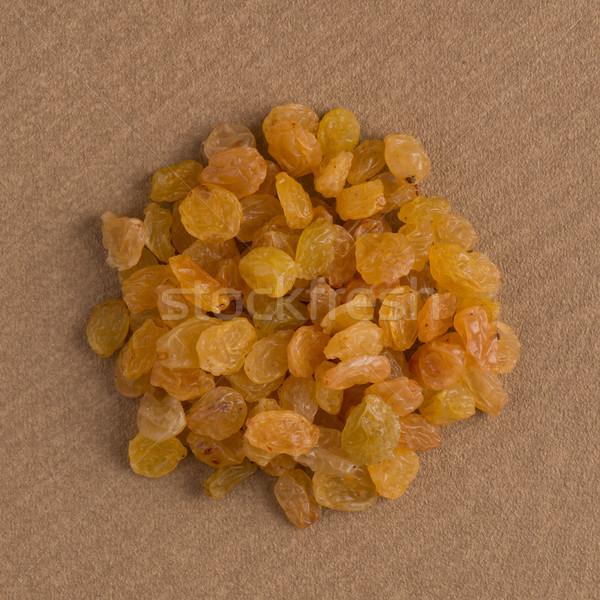 Círculo dourado passas de uva topo ver marrom Foto stock © homydesign