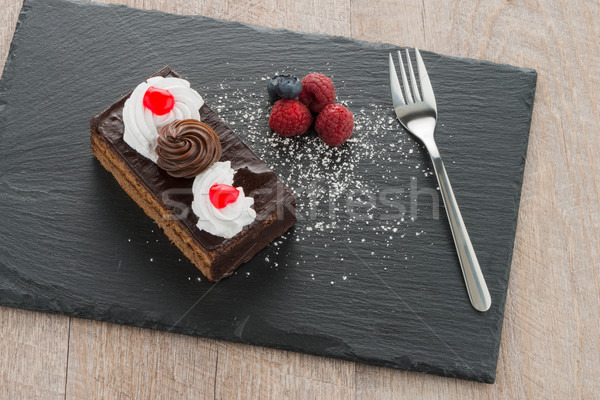 Peça bolo de chocolate escuro fruto chocolate Foto stock © homydesign