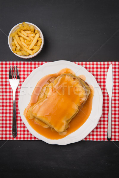 Frites françaises typique alimentaire bois restaurant couteau Photo stock © homydesign
