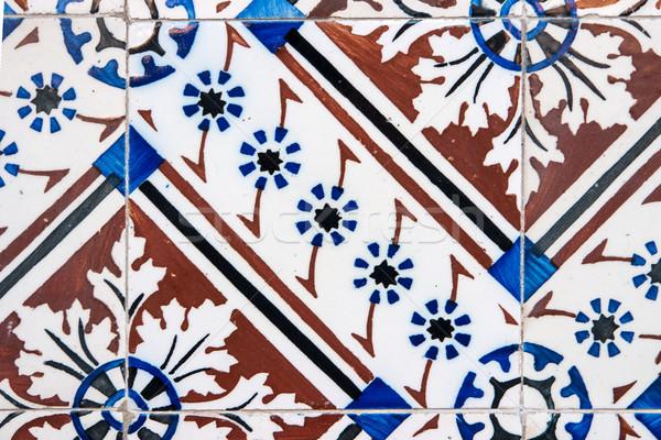 Traditionnel tuiles détail vieux texture Photo stock © homydesign
