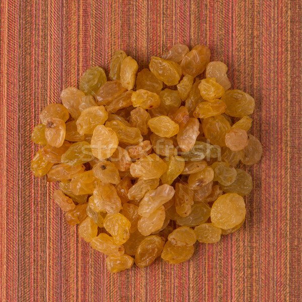 Daire altın kuru üzüm üst görmek kırmızı Stok fotoğraf © homydesign