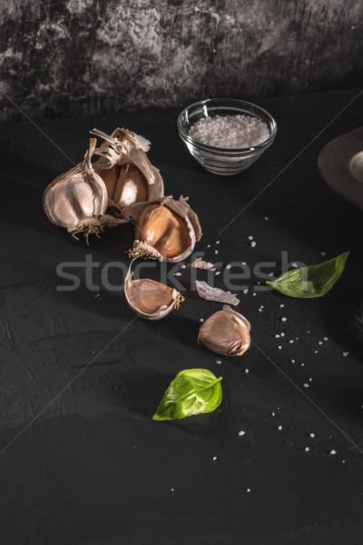 Sarımsak taze fesleğen yaprakları mutfak akdeniz Stok fotoğraf © homydesign