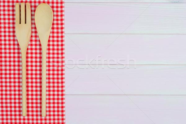 Sprzęt kuchenny czerwony ręcznik biały stół kuchenny Zdjęcia stock © homydesign