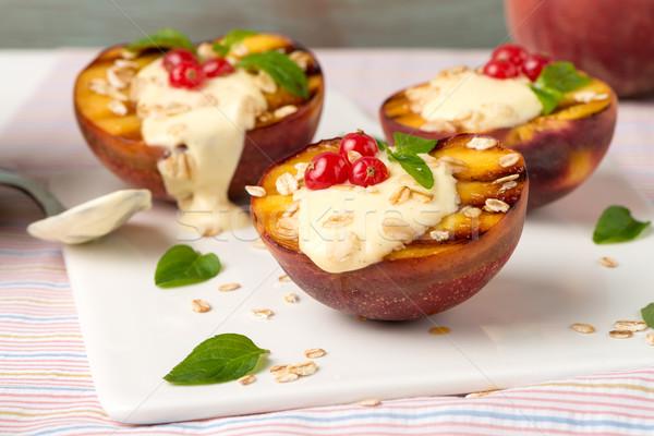 Grillezett őszibarackok desszert finom kereszt nyár Stock fotó © homydesign
