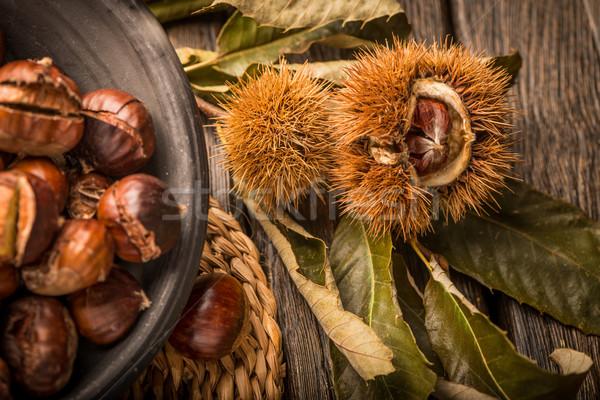 Yaprakları rustik ahşap masa sonbahar yaprakları meyve Stok fotoğraf © homydesign
