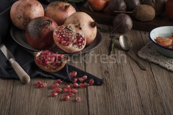 Nar meyve rustik tablo bağbozumu stil Stok fotoğraf © homydesign