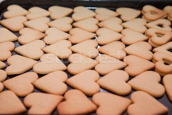 Szív alakú sütik frissen sült sütés Stock fotó © hraska
