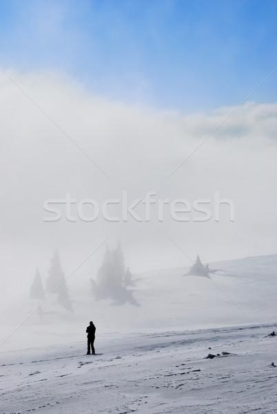 ストックフォト: 男 · 山 · 美しい · 冬 · 自然 · 風景