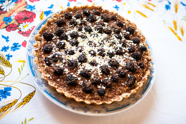 BlackBerry taart bessen cake slagroom chocolade Stockfoto © hraska