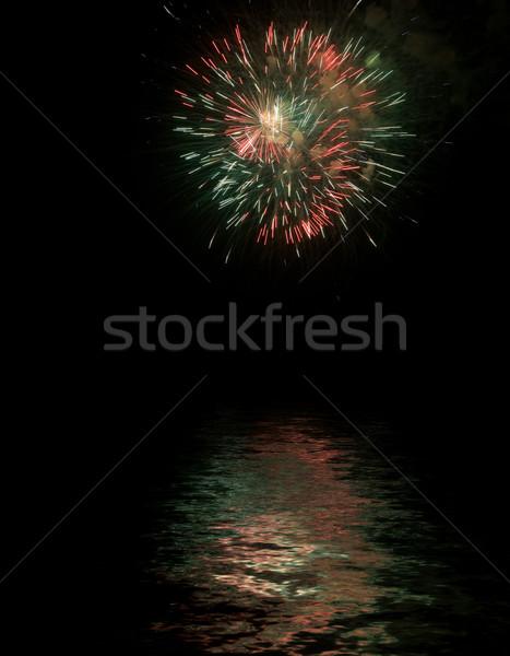 Vuurwerk water partij gelukkig licht achtergrond Stockfoto © hsfelix