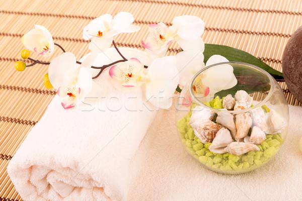 Spa пространстве цветы полотенце лист зеленый Сток-фото © hsfelix