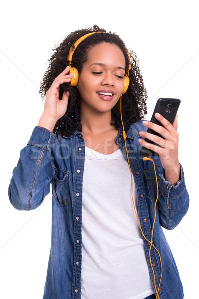 Musique Nice belle jeunes africaine femme Photo stock © hsfelix