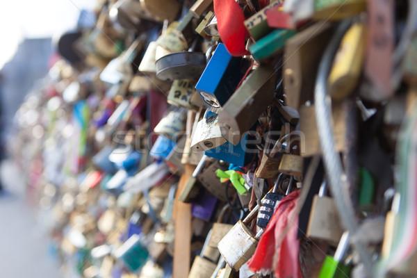 Liebe viele Brücke Paris Symbol Freundschaft Stock foto © hsfelix