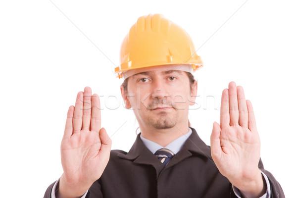 Mérnök citromsárga kalap készít stoptábla fókusz Stock fotó © hsfelix