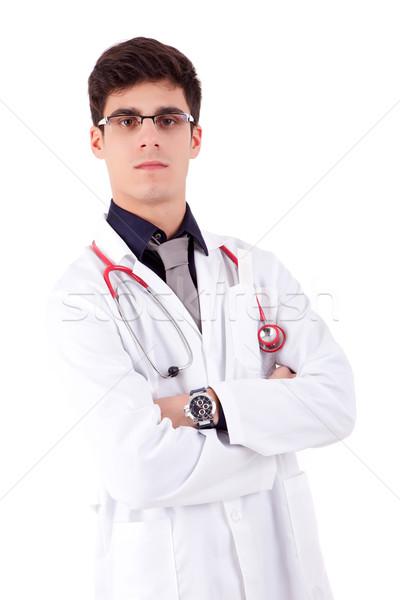 Молодой доктор видео готов