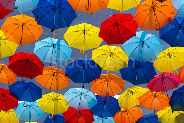 Stock fotó: Esernyők · égbolt · város · textúra · utca · művészet