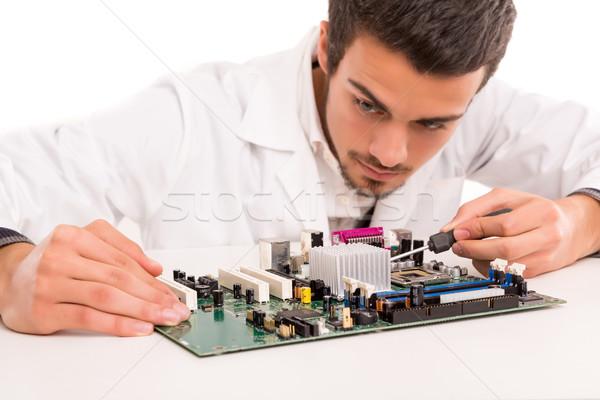 技術者 作業 コンピュータ エンジニア 作業 マザーボード ストックフォト © hsfelix