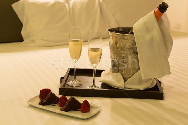 Luna de miel tiro boda amor vino Foto stock © hsfelix